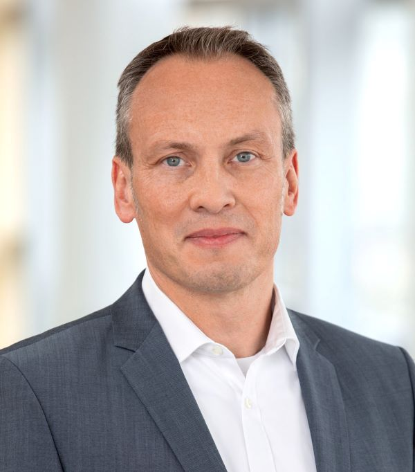 Juergen Lindner of Oracle